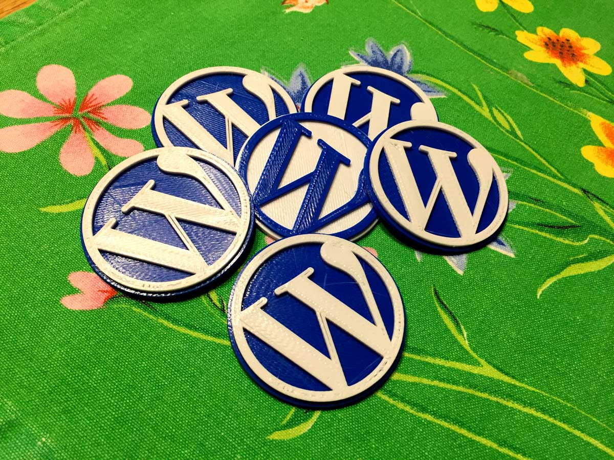 3D Printing the WordPress logo in two colors